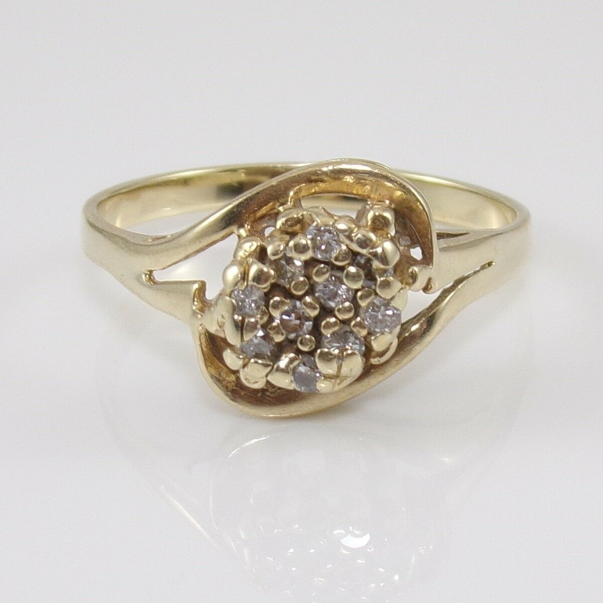 14K Yellow gold Natural Diamond Cluster Ring Size 10.75