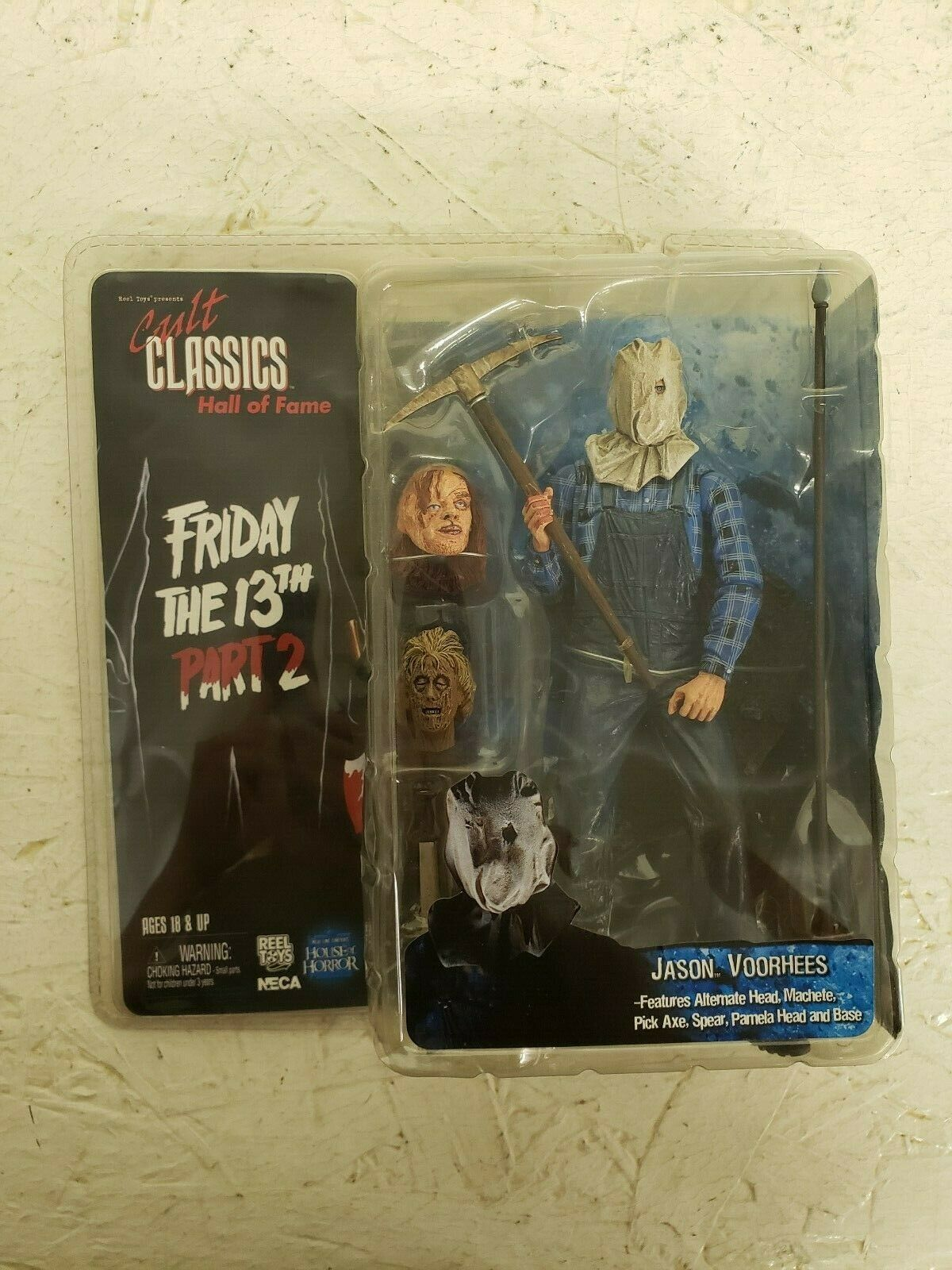 Neca Cult Classics Hall of Fame FRIDAY THE  13th PART 2 JASON VOORHEES figure  bon prix