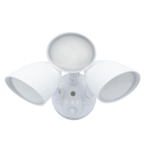 Maxxima 3 Head Outdoor LED Security Light 2700 Lumens Motion Sensor White 5000K