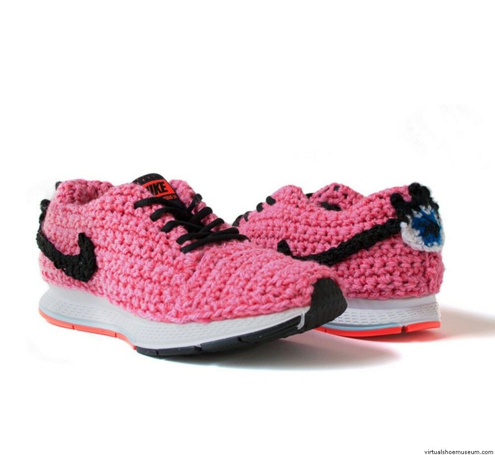 NEW NIKE LONDON KAYE CROCHET  LIMITED EDITION SNEAKERS SZ 9 CONTEMPORARY ART