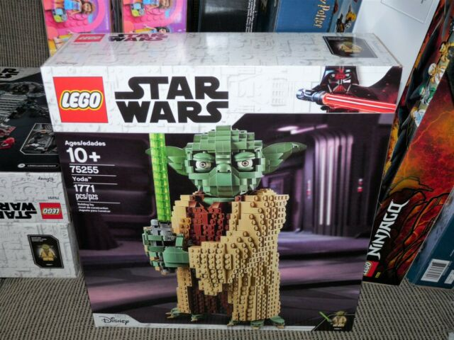 LEGO Star Wars: Attack of the Clones Yoda Building Model 75255 (1,771 Pieces)NEW