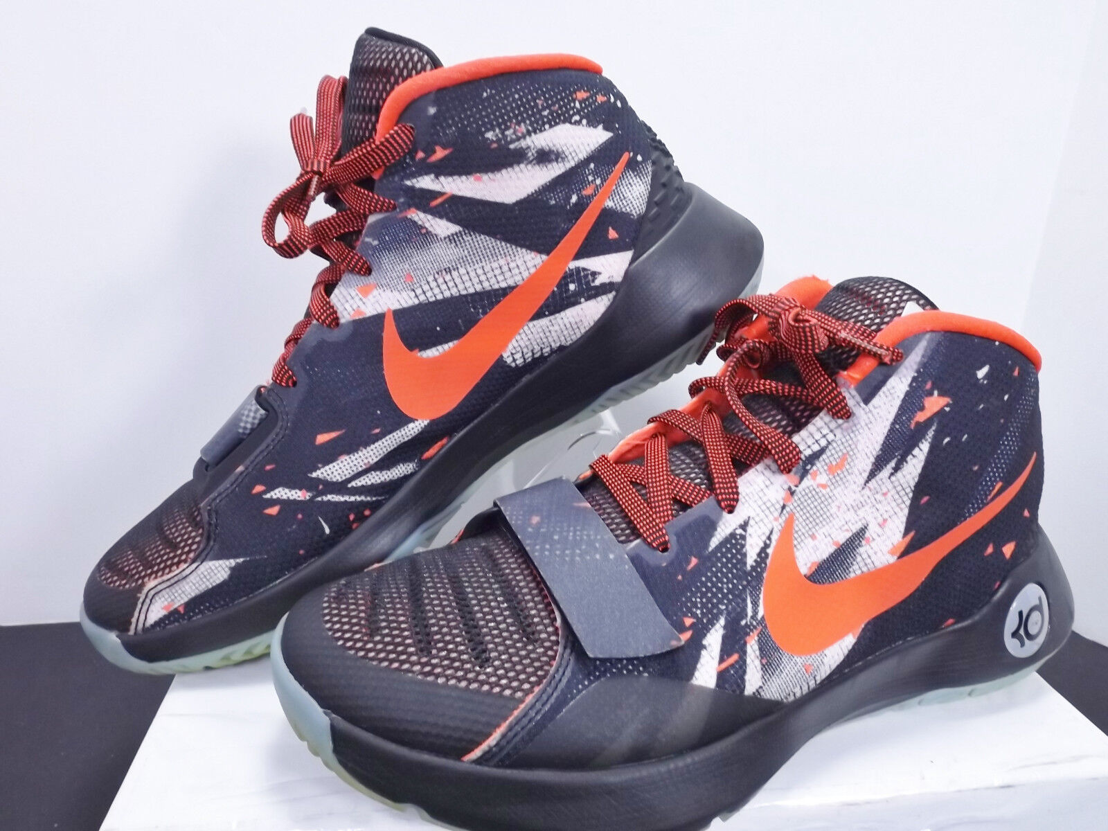 Nike KD Trey 5 III 's 749379 001 Black/Metallic-Silver/Crimson Men's Comfortable