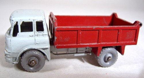 MatchBox RW 03B Bedford Tipper grau d'rot rare graue Räder