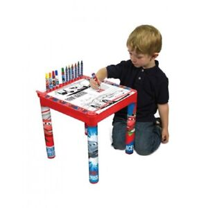 TABLE-COLORING-DISNEY-CARS-WITH-ROLL-OF-DRAWINGS-AND-PENCILS