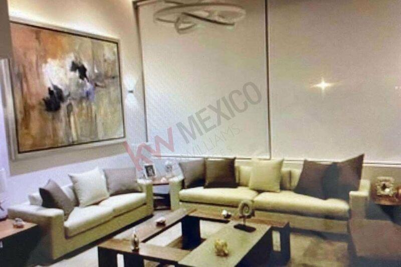 Casa en Venta con vista y acceso al lago en exclusivo condominio