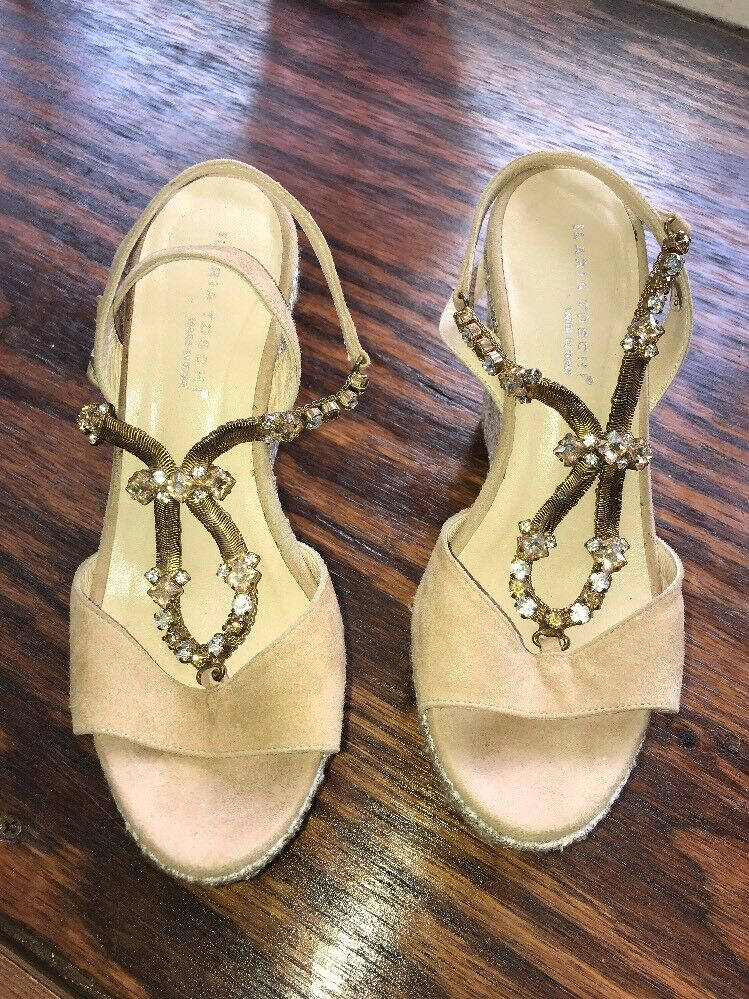 ILARIA TOSCHI MADE IN ITALY Tan Gold Silver Wedge W Crystal detail Sz 36