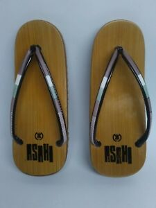 62bd1bdd28aa Asahi Women s Sandals Flip Flops Thong Geta Bamboo Japan 8.75