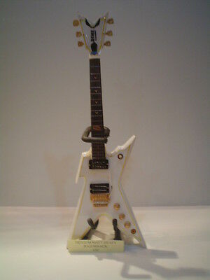 Miniature Guitar 24cm Tall METALLICA JAMES HETFIELD ESP JH-3 BLACK