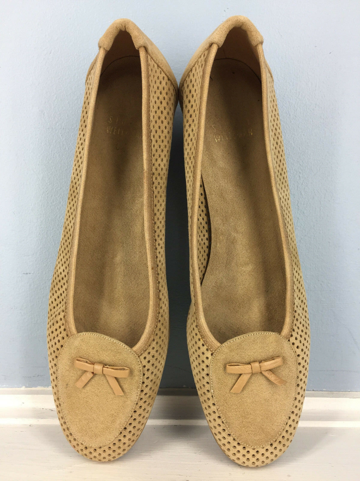 STUART WEITZMAN tan brown leather perforated kitten heel loafer 8 Career Cocktai