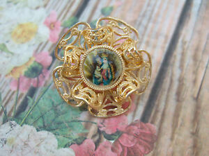 Vintage-Catholic-BROACH-lapel-Pin-Jewelry-ST-Anne-de-Beaupre-picture-brooch