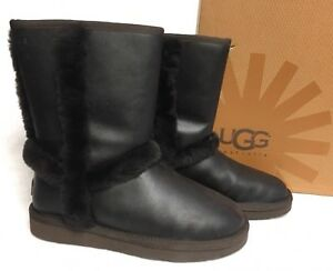 3a929218bd9 Details about UGG Australia Women's CARTER Boot Chocolate LEATHER Bomber  1008825 Shearling