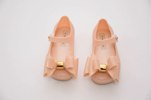 NEW KIDS VICTORIA ADAMES  JELLY BRASIL IN NUDE AND BLACK