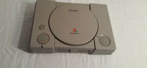 Sony-Playstation-One-PS1-Console-Only-SCPH-1001-Powers-On-for-Parts-or-Repair