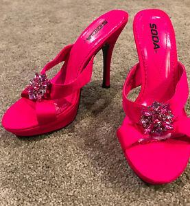 SODA Women s Hot Pink Platform High Heels with Rhinestone Broach ... 416afe271