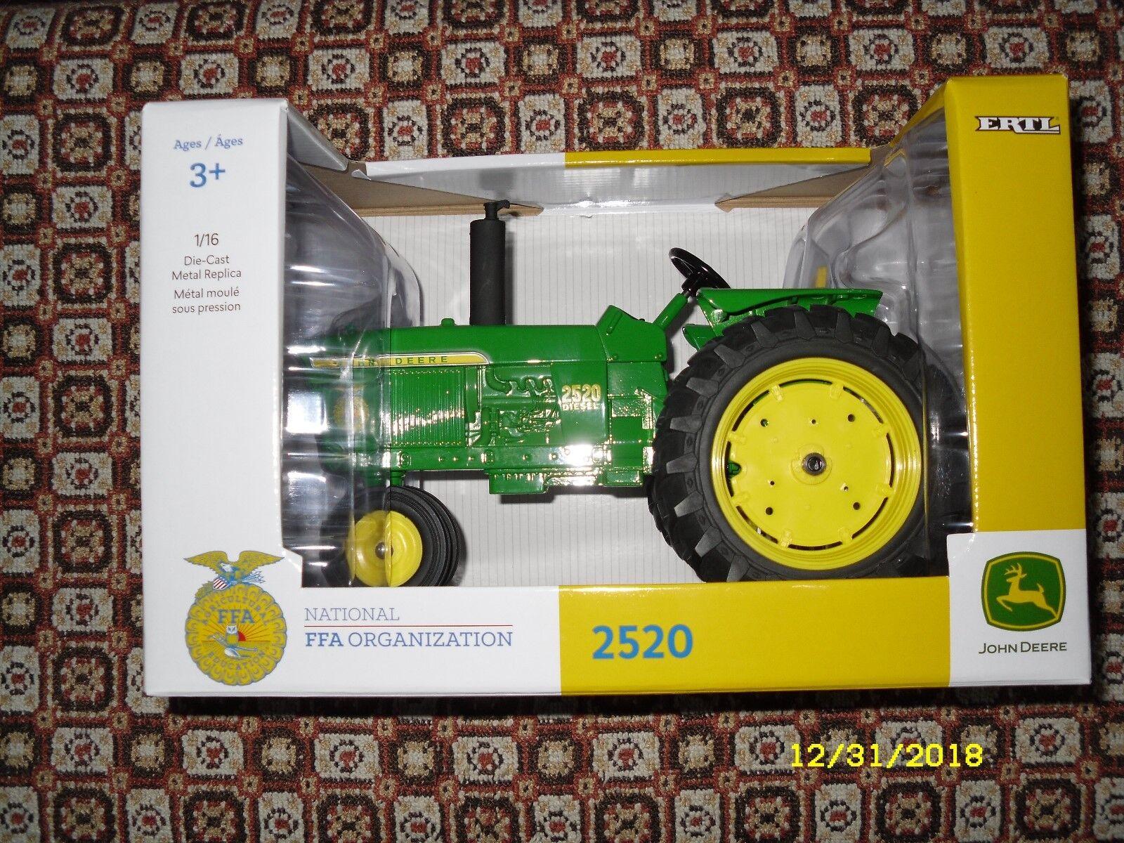 Ertl John Deere 1 16 2520 tractor con el logotipo de FFA    Sellado    Envío Gratis en EE. UU.