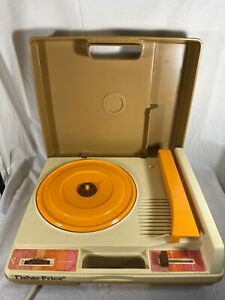 Vintage 1978 Fisher Price WORKING Record Player Turntable