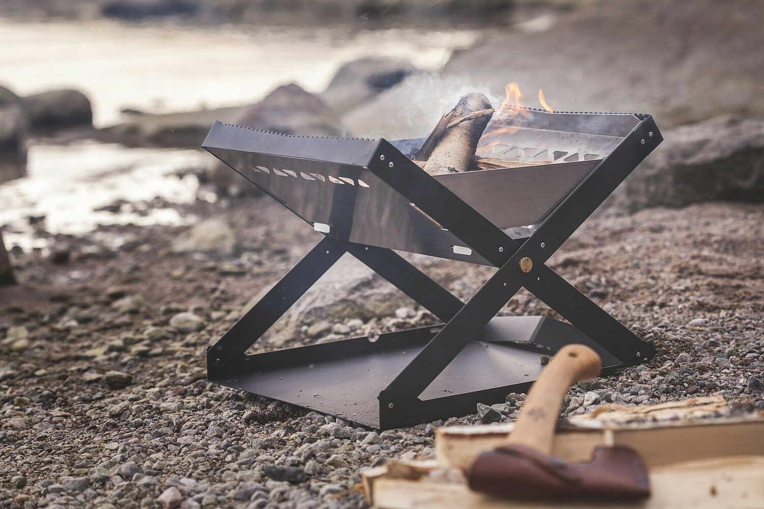 Primus Kamoto Open Firepit Grill and Barbeque with Stainless Steel Grill Firepit - Compact 80b954