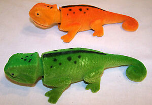 2-BOBBING-HEAD-LIZARDS-new-moving-lizard-novelty-toy-PLAY-reptiles-fake-dash-new