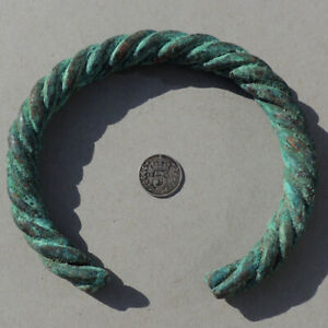 a-large-ancient-twisted-copper-african-bracelet-currency-mali-191