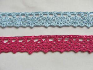 Cotton Scalloped Edge Lace Trim 10mm Red