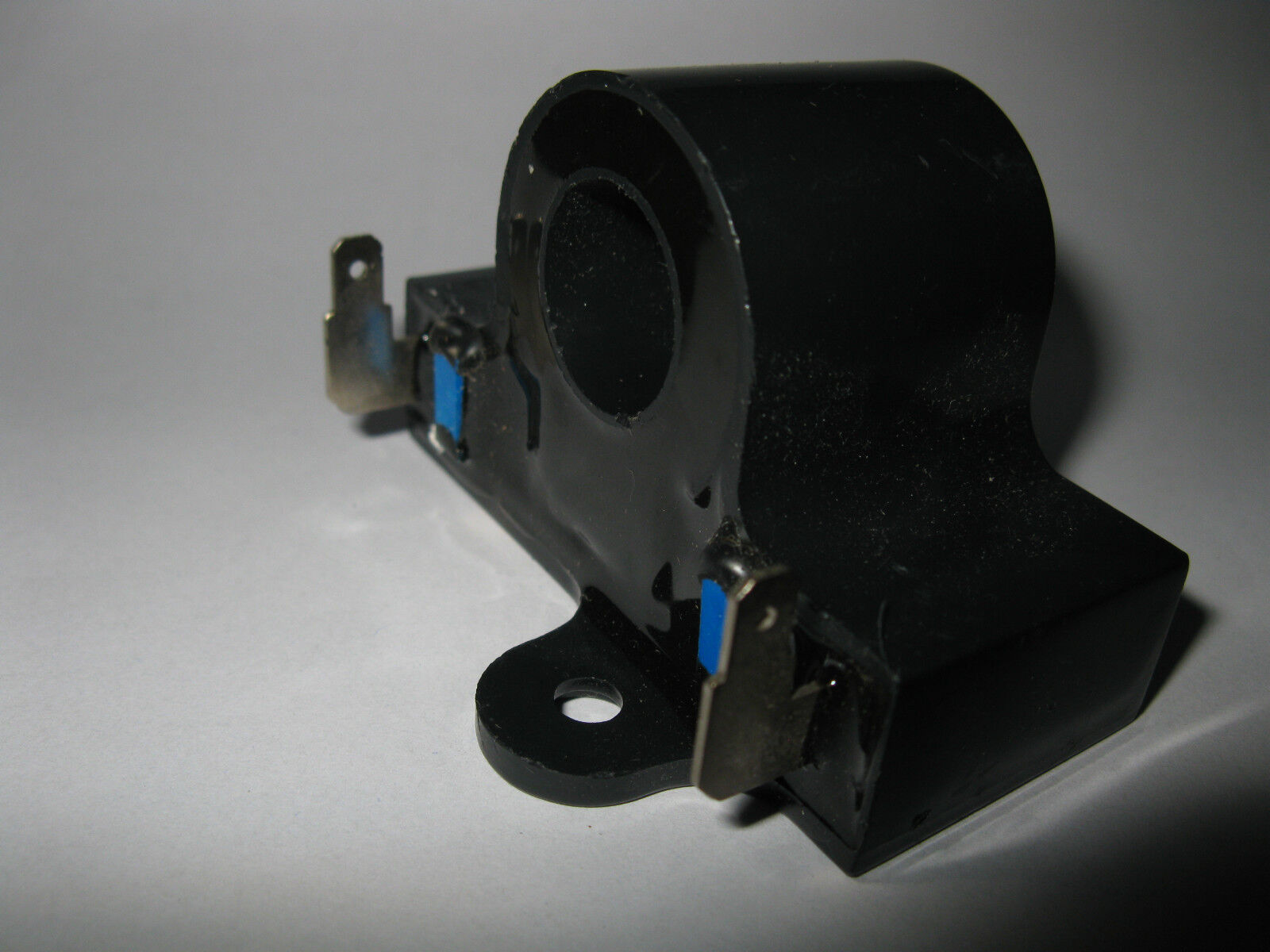 25854G01 Fits E-Z-GO: Electric Stens 851-228 Inductive Throttle Sensor 1994 and Newer Replaces E-Z-GO: 25854-G01
