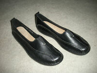 CLARKS WOMENS SHOES 70920 BLACK LEATHER SLIP ON LOAFER 9.5 M WORN 2x EXCELLENT