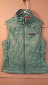 Patagonia-Womens-Nano-Puff-Vest-Primaloft-Green-Small