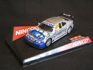 Ninco-Mercedes-Benz-CLK-DTM-2000-1-32-19-Peter-Dumbreck-GBR-JS