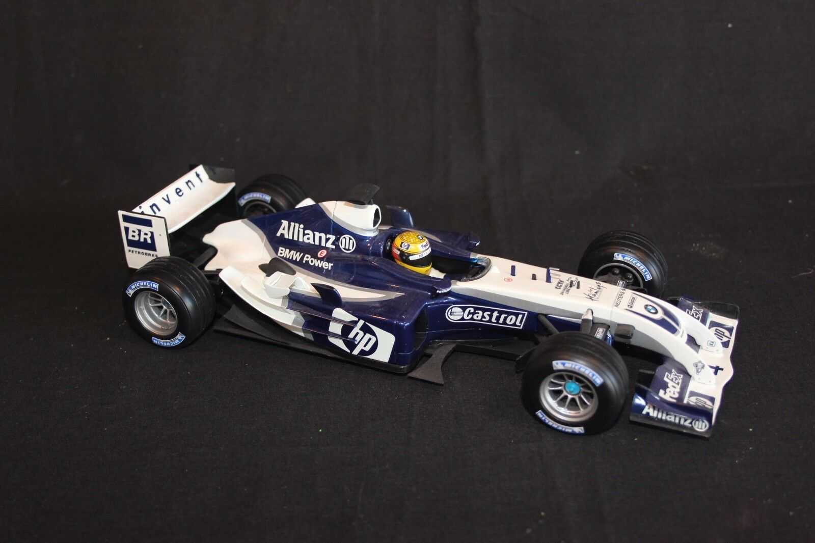 Hot Wheels Williams FW26 2004 1 18  4 Ralf Schumacher (GER)  Walrus Nose