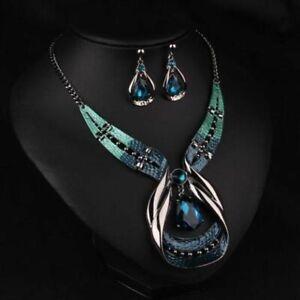 la-chaine-collier-pendentif-collier-boucles-d-039-oreilles-bijoux-ensemble