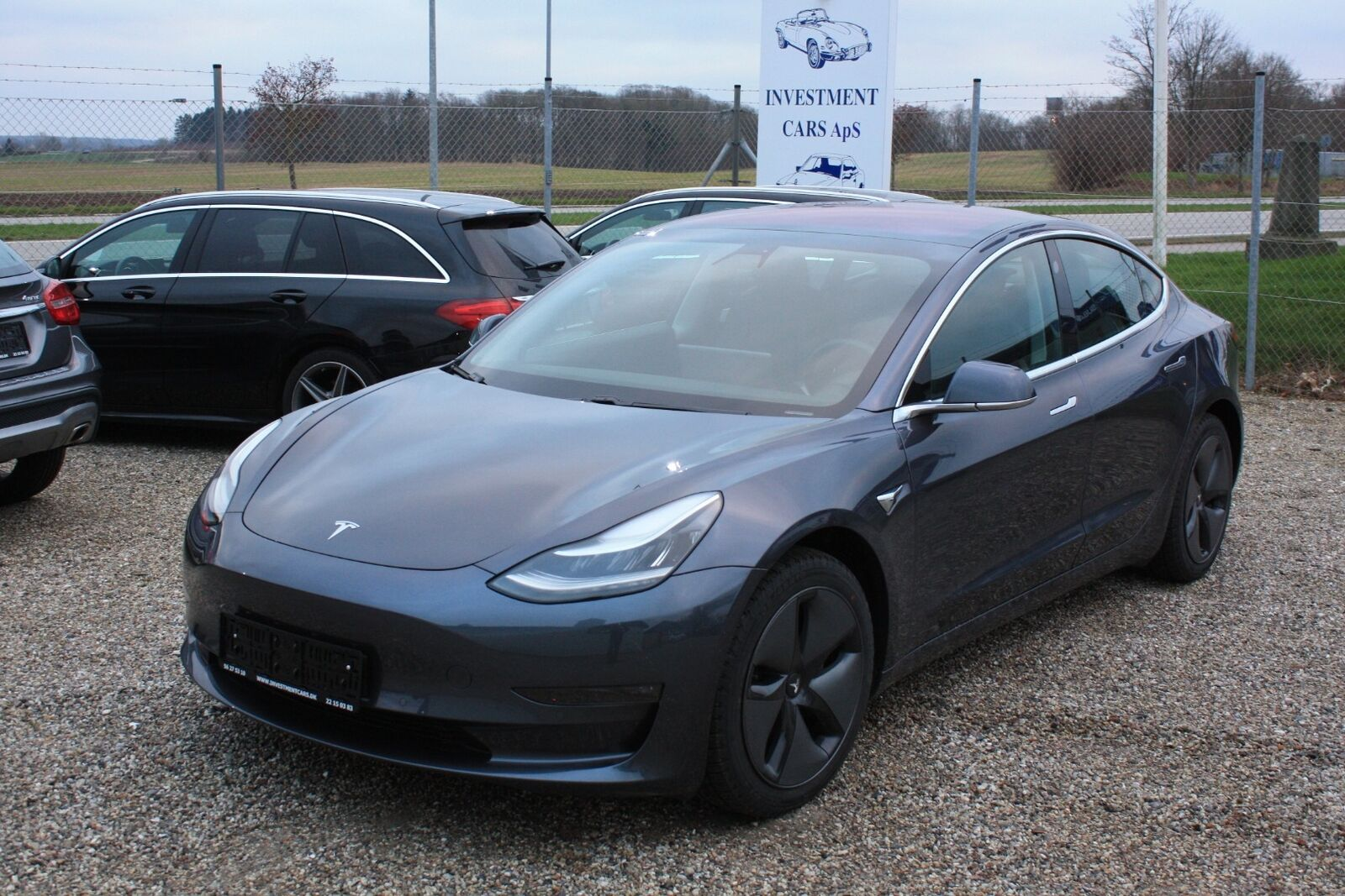 Tesla Model 3  Long Range AWD 4d