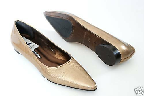 275 Donald J Pliner OMA Leather Slip On shoes Women's Camel 7.5 NEW IN BOX