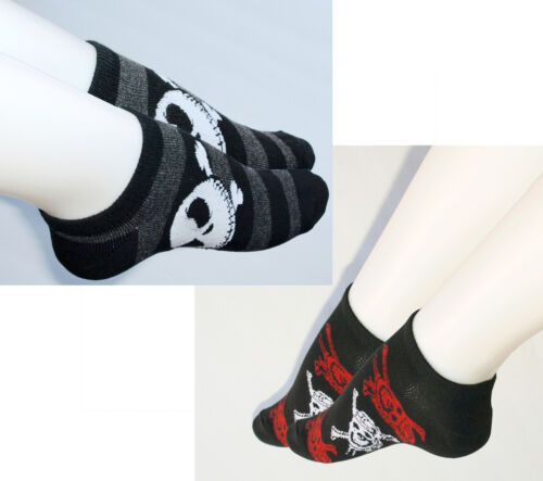 TSK08 Nightmare before Christmas Striped Ankle Socks Low cut White Red