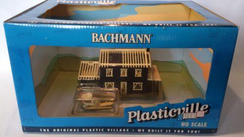 * Bachmann HO Built Up Model House under construction BAC45004