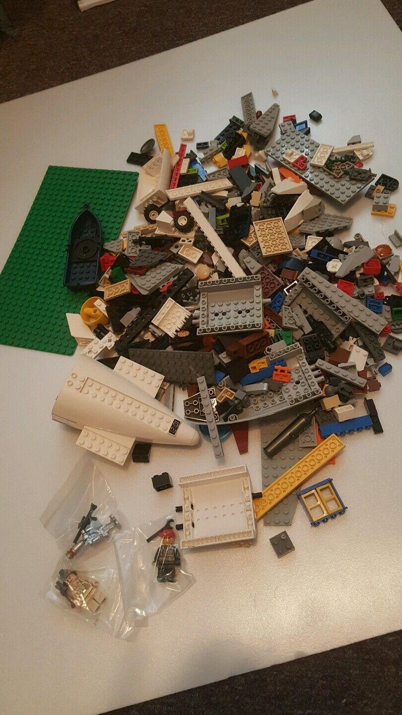 500+ Clean Lego Pieces Bulk Plus three Minifigures good clean legos Lot