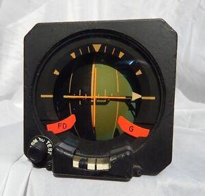 Delta-Airlines-Pilot-039-s-Main-Attitude-Gauge-Indicator-Instrument