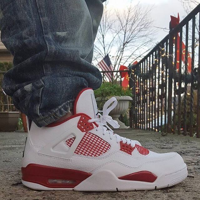 Air Jordan 4 Retro Alternate89 Größe 9; 10(42; 44 )