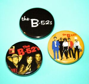 SET-OF-THE-B-52S-RECORD-SLEEVE-PUNK-ROCK-INSPIRED-BUTTON-PIN-BADGE