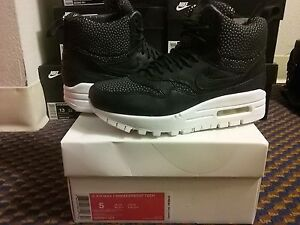 half off cc676 be60c Image is loading Womens-Nike-Air-Max-1-Mid-Sneakerboot-Tech-