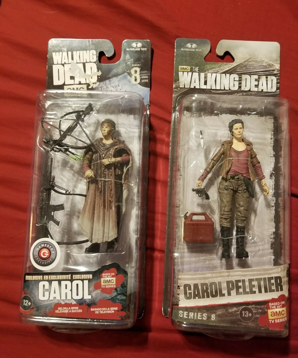 The Walking McFARLANE Dead SERIES 6 McFARLANE Walking CAROL PELETIER & GAMESTOP EXCLUSIVE CAROL 86d53b