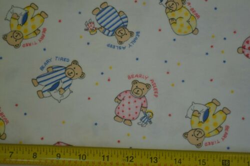 """46/"""" Wide Vintage Teddy Bears on White Cotton Flannel By 1//2 Yd M7381"""