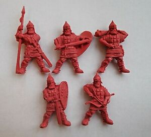 5pcs-Russian-Knights-Plastic-Toy-Soldier-54mm-1-32-scale-Tehnolog-red-color