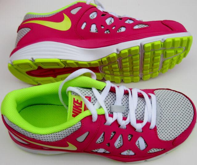 cd7c8bd77324 Nike Girls Dual Fusion Run 2 GS Sneaker Pure Platinum Volt Ice Pink 599793  005 5.5y