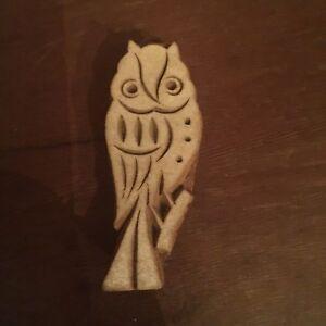 Vintage-Hand-Carved-Wood-Owl