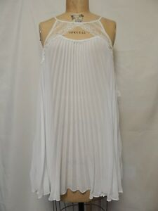 And Nikrook etichette White con Nuovo Mirrors Thong Flora Chemise wROaqwx