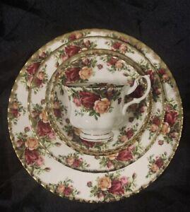 Royal albert country roses china