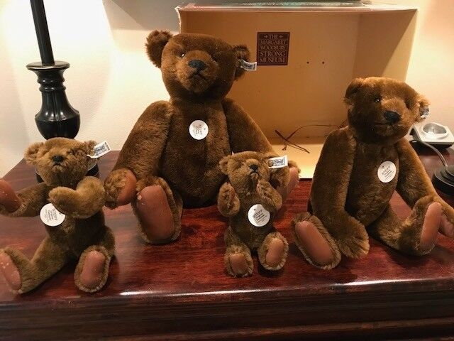 Steiff Margaret Strong Chocolate Marronee Teddy Bear - 1983 Collector's Edition