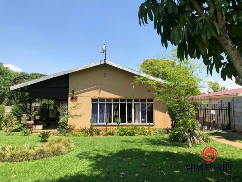 4 Bedroom house in Rustenburg Central For Sale