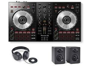 Pioneer-DDJ-SB3-DJ-Controller-with-Monitors-and-Headphones