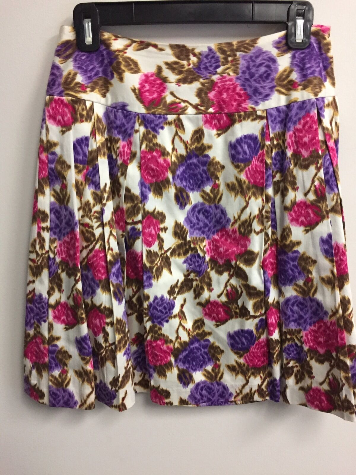 Pleated Milly cotton skirt with floral pattern Size 4